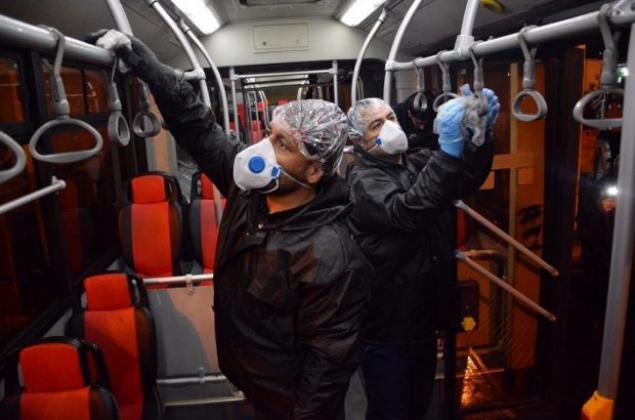 نظافت و ضدعفونی تمامی ناوگان حمل و نقل عمومی شهر قم