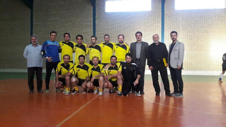 قهرمانی تیم فوتسال مخابرات قم در مسابقات کارکنان دولت