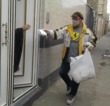 توزیع ۱۰۰۰ بسته بهداشتی از سوی گروه خبرنگاران و مدیران