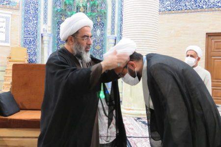 برگزاری آئین عمامه گذاری در پایان درس خارج آیت الله فاضل لنکرانی