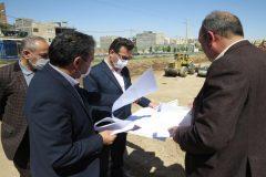 به کمیته امداد قم زمین بدهند، ۲۰۰۰ خانه برای نیازمندان می سازیم