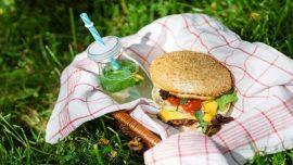 نصحت أخصائية النظام الغذائي:مواد غذائية يفضل عدم تناولها في الطقس الحار