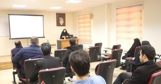 برگزاری کارگاه آموزشی کاربران دفاتر پلیس+۱۰ در منطقه قم